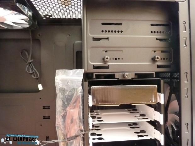 Fractal Design Core 3000 Interior 2 e1311440193793 Review: Fractal Design Core 3000