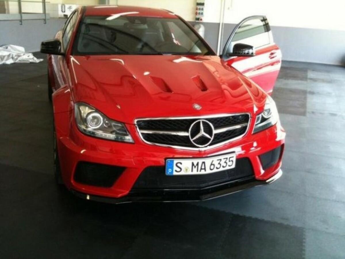 Mercedes Benz C63 AMG Black Series A e1310069708236 0
