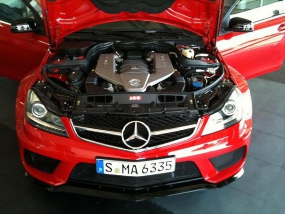 Mercedes Benz C63 AMG Black Series e1310069796246 3