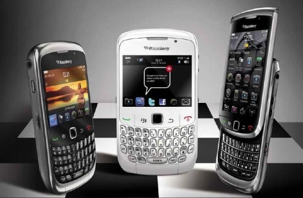 Yoigo Blackberry e1309819288112 Yoigo y RIM lanzan la solución BlackBerry en España