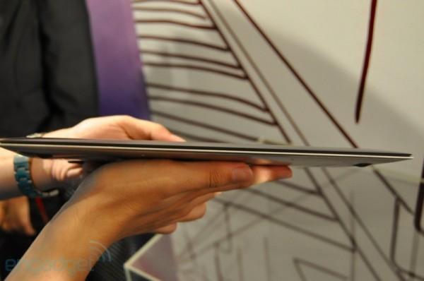 Asus UX21 a e1314626540749 Los ultraportátiles de Asus saldrán a la venta en Octubre