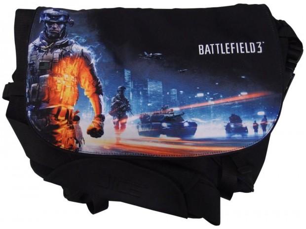 Battlefield 3 Messenger Bag e1313598330547 Razer lanza un ejército de periféricos con la marca Battlefield 3