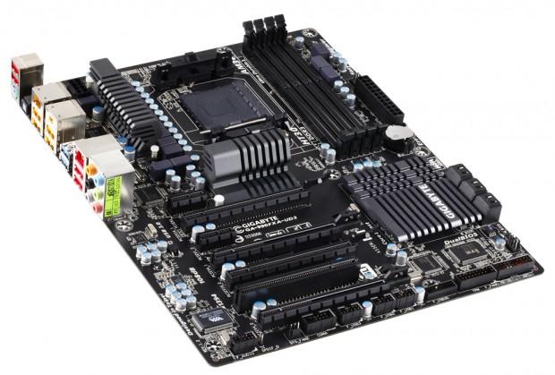 Gigabyte 990FXA UD3 1.2 e1316623011793 0