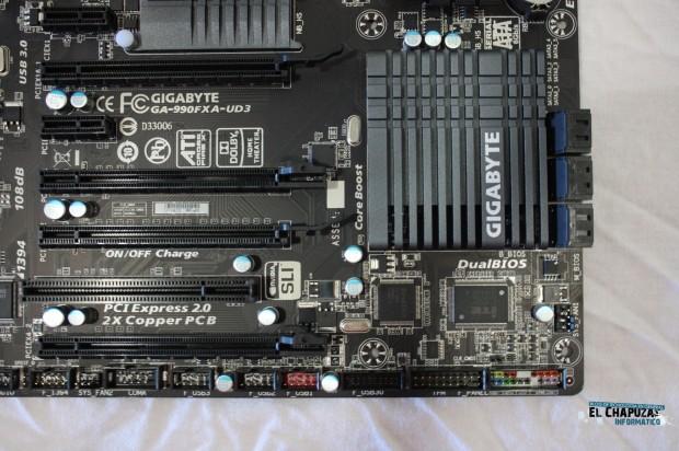 8 e1318793328842 Review: Gigabyte GA 990FXA UD3