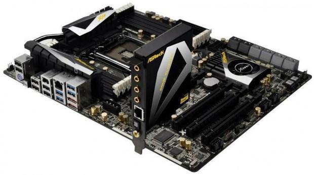 ASRock X79 Extreme9 2 e1320070611346 ASRock pretende desembarcar 10 millones de placas base en 2012