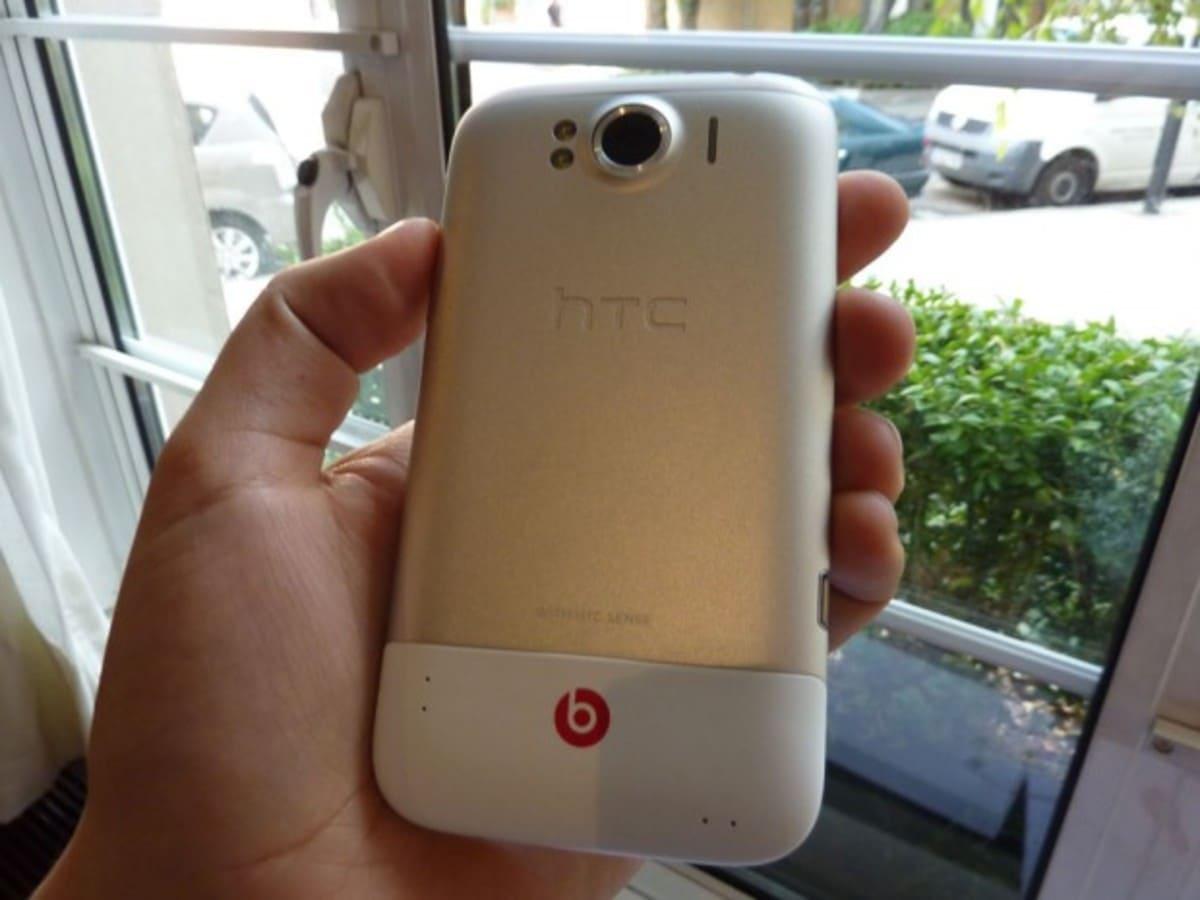 HTC Sensation XL 3 e1317923779962 3