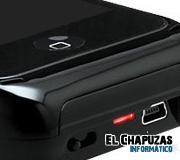Monolith aumenta la batería de tu iPhone 4 y lo transforma en microproyector