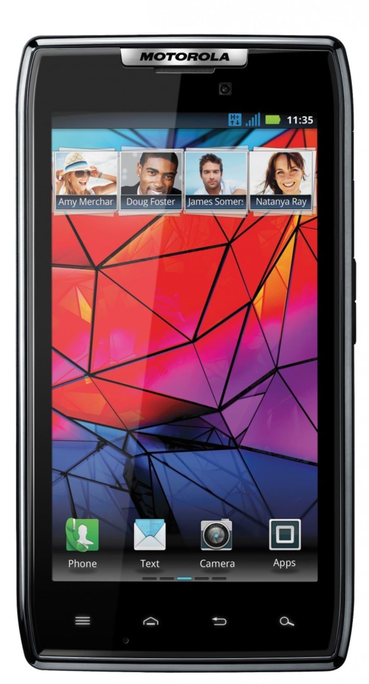 Motorola RAZR 1 e1318960766171 Motorola RAZR llega a España por 599 euros
