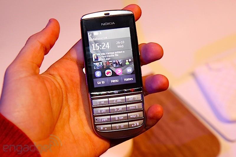 http://elchapuzasinformatico.com/wp-content/uploads/2011/10/Nokia-Asha-300.jpg