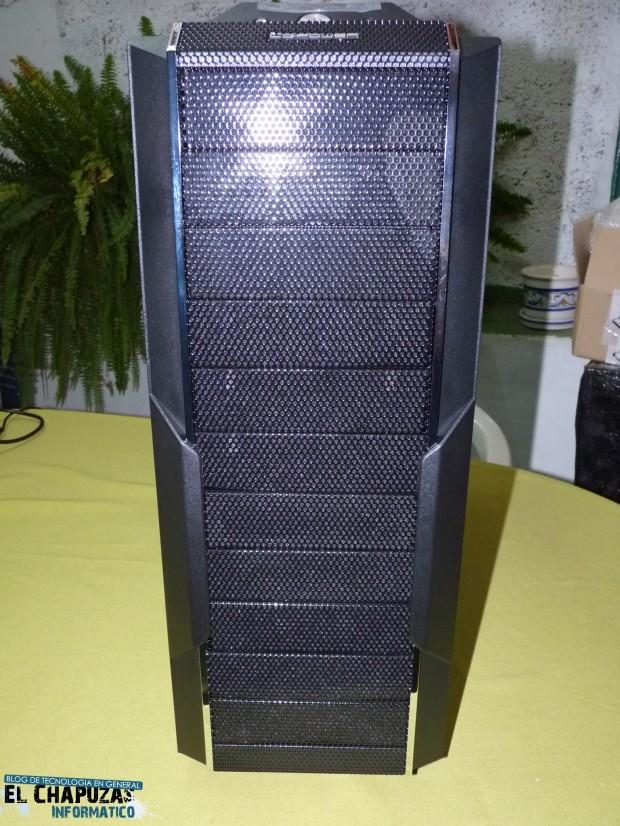 2 LC Power Gaming 971B Infiltrator 1 e1323025333539 3