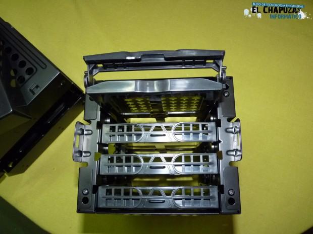 9 LC Power Gaming 971B Infiltrator 4 e1323026841641 35