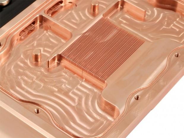 Aquacomputer Aquagratix 7900 4 620x465 3