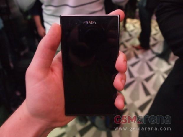 LG Prada 3.0 21 e1323900324810 3