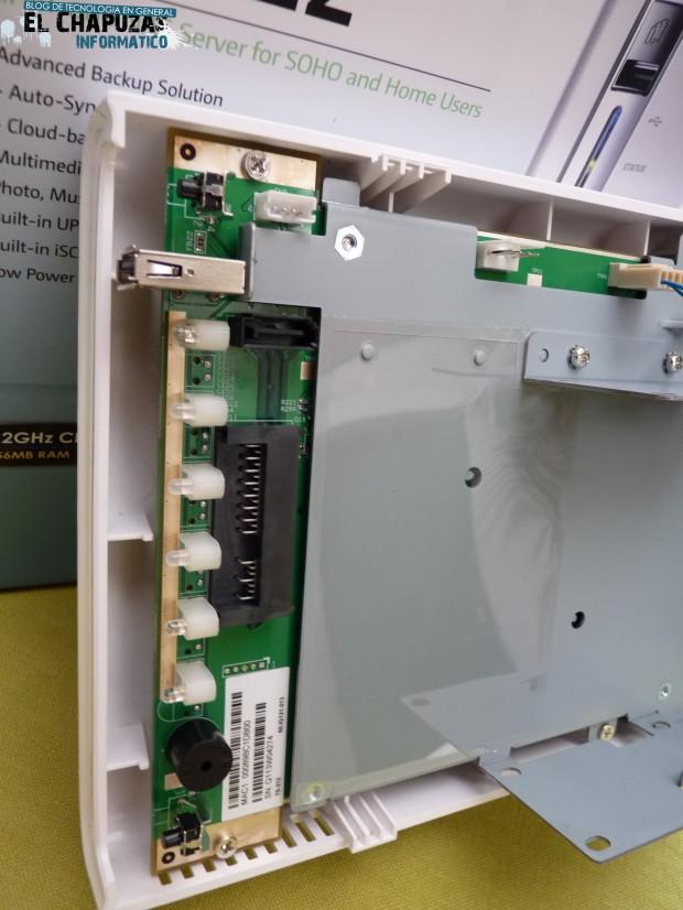 QNAP TS 212 Turbo NAS 9 e1324830872581 10