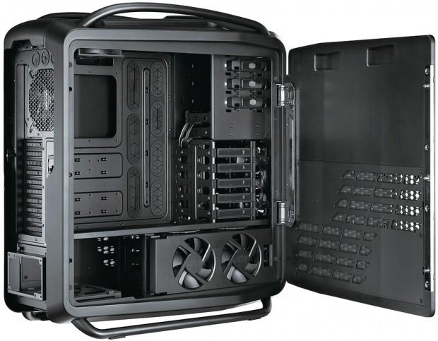 lchapuzasinformatico.com wp content uploads 2012 01 Cooler Master Comos II 4 620x483 3