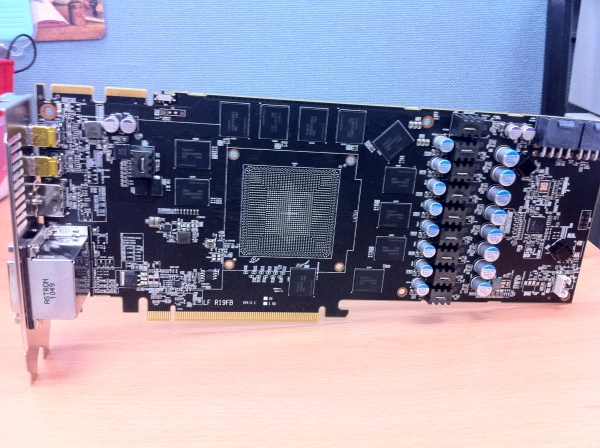 Powercolor Radeon HD 7970 Vortex 2 1