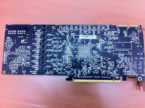 Powercolor Radeon HD 7970 Vortex 3 2