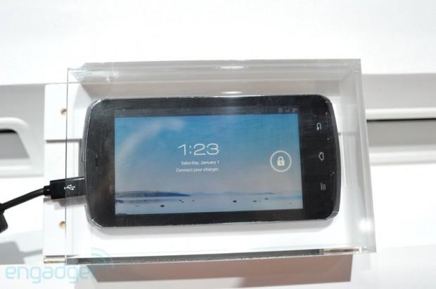 lchapuzasinformatico.com wp content uploads 2012 01 Prototipo Fujitsu Arrows Tegra 3 1 620x412 0