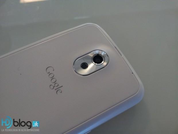 Samsung Galaxy Nexus White 6 620x465 5