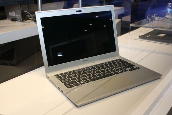 Sony VAIO Ultrabook 2 1