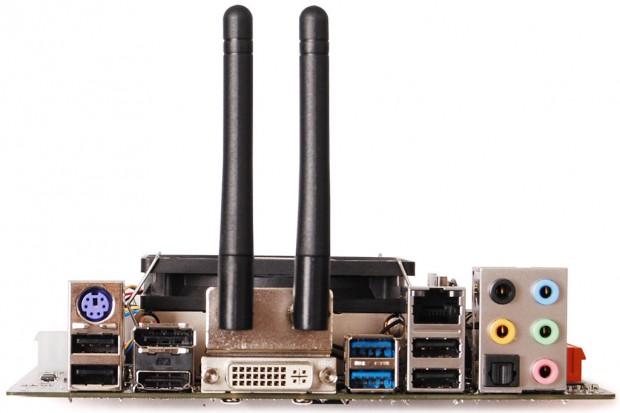 Zotac D2700 ITX WiFi Supreme 4 620x413 3