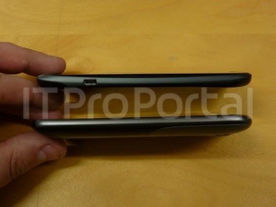 HTC One S 4 3