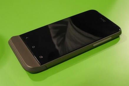 HTC One V 1 1