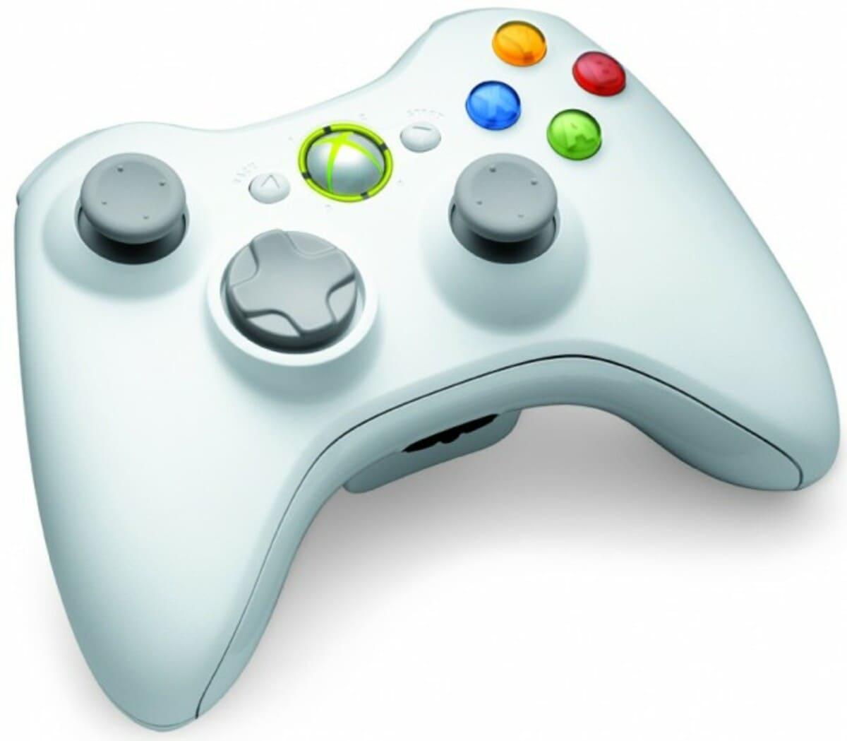 Xbox 360 y Kinect en color blanco 4 620x542 3