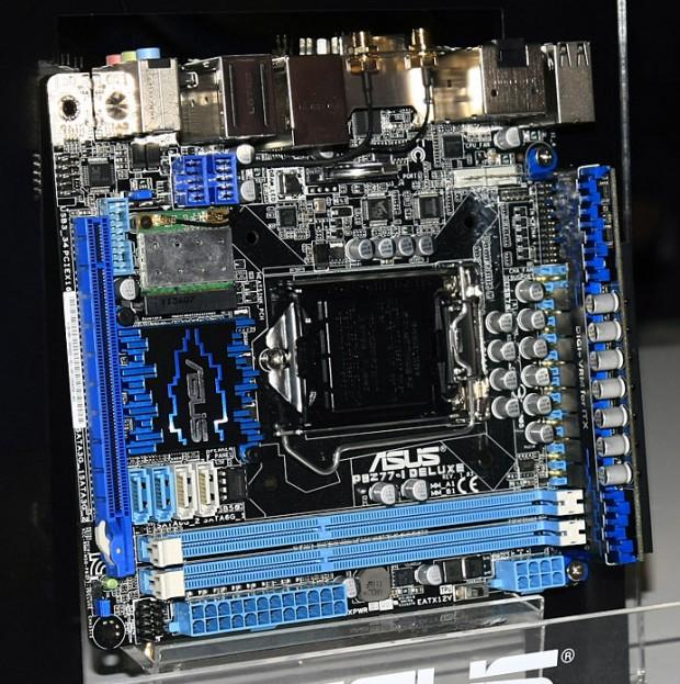 ASUS P8Z77 I Deluxe 620x623 CeBIT: Asus P8Z77 I Deluxe