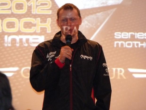 Cooler Master White Ra ASRock GLOBAL TOUR 2012 4 620x465 Asistimos al evento ASRock GLOBAL TOUR 2012