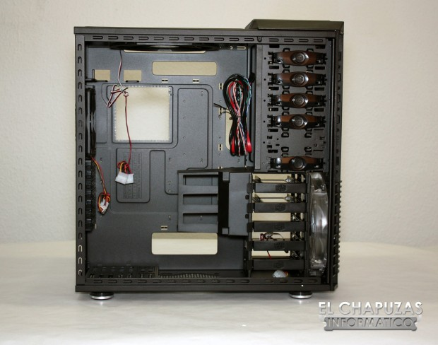 Cooler Master HAF 932 Advanced 14 620x488 21