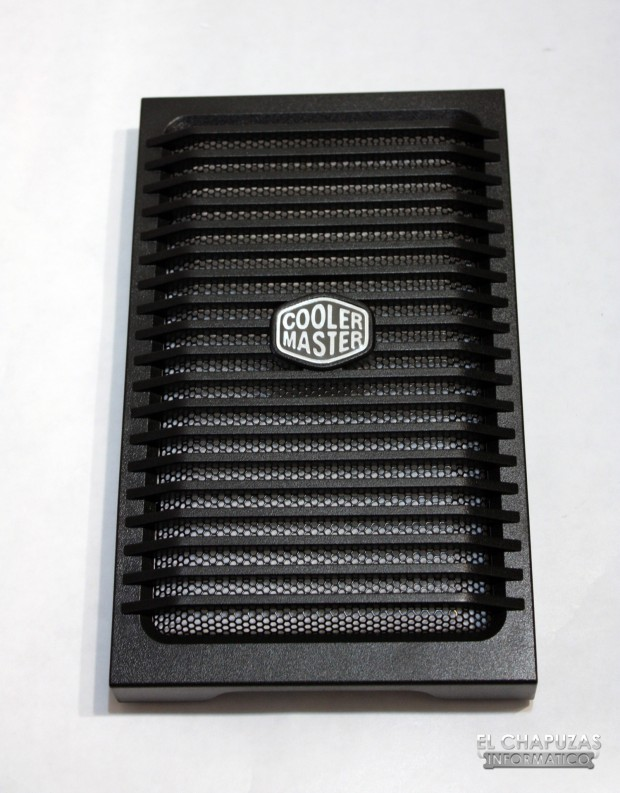 Cooler Master HAF 932 Advanced 20 620x793 10