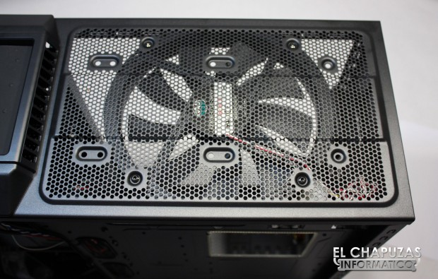 lchapuzasinformatico.com wp content uploads 2012 06 Cooler Master HAF 932 Advanced 23 620x395 13