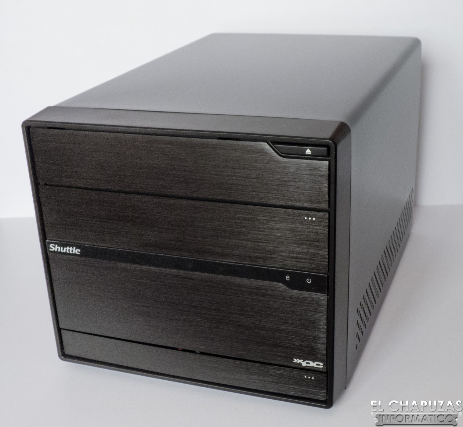 Review: Shuttle XPC Barebone SZ68R5