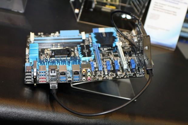 asus thunderboltex 3 620x413 Computex 2012: Asus desvela su tarjeta de expansión Thunderbolt