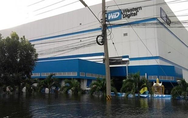 western digital tailandia inundaciones 619x391 Western Digital confirma que no veremos HDDs a los precios anteriores a las inundaciones