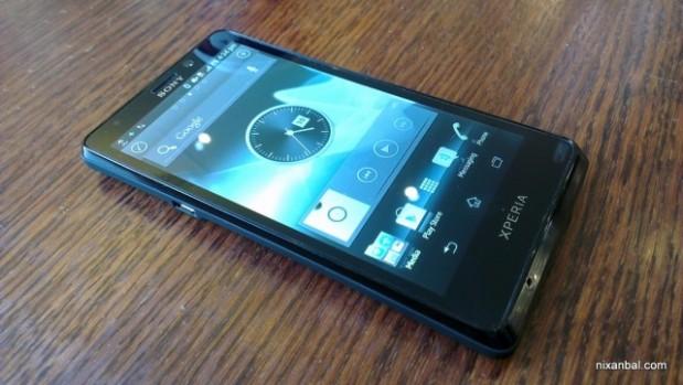 Sony Xperia T 1 619x349 El Sony Xperia T se deja ver en nuevas imágenes