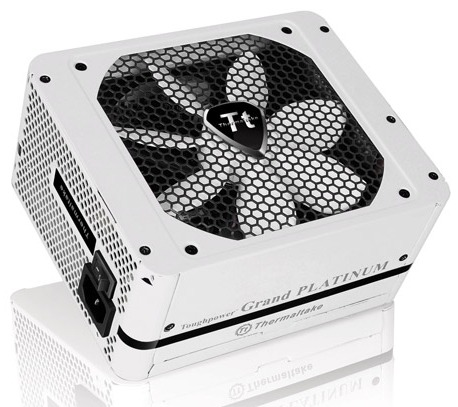 Thermaltake lanza las PSUs Toughpower Grand Platinum Snow Edition
