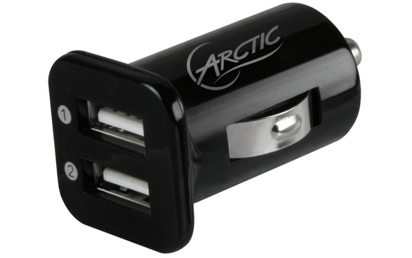 Arctic lanza su cargador de coche Dual USB
