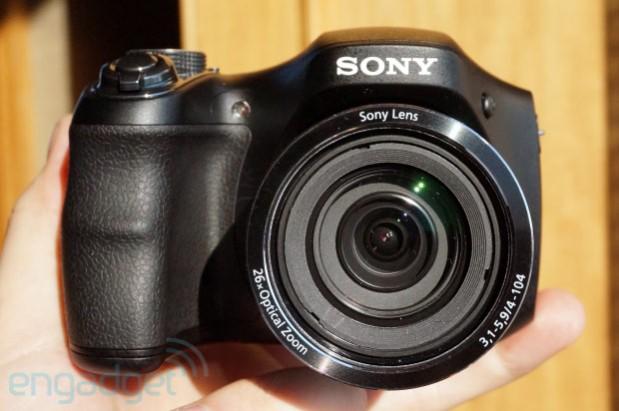 Sony H200