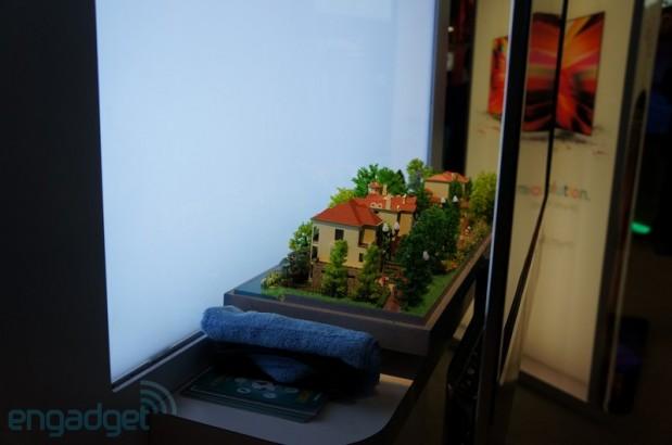 Televisor transparente 3D HiSense (4)