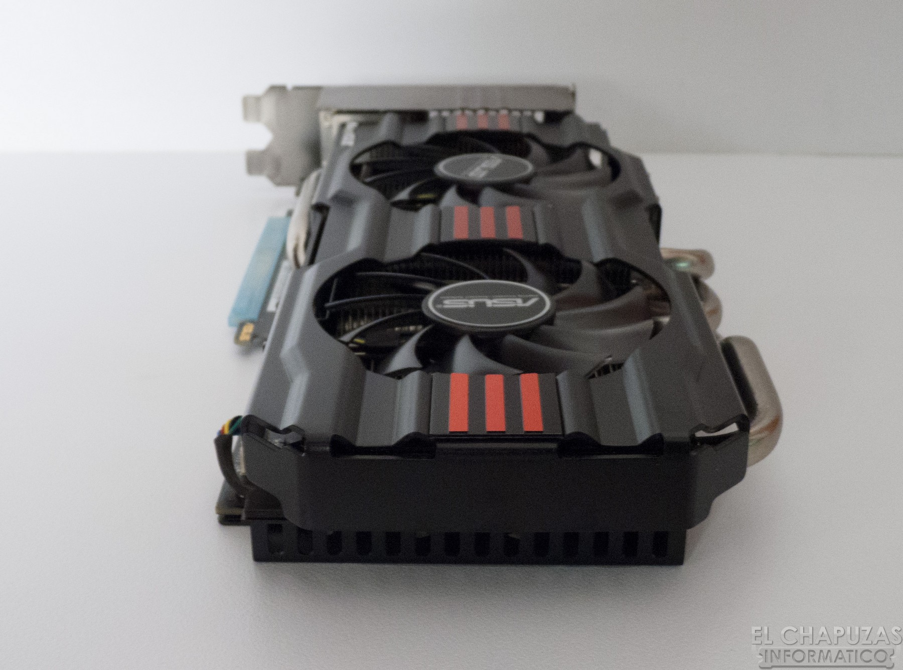 Asus GeForce GTX 680 DirectCU II 4GB 12+