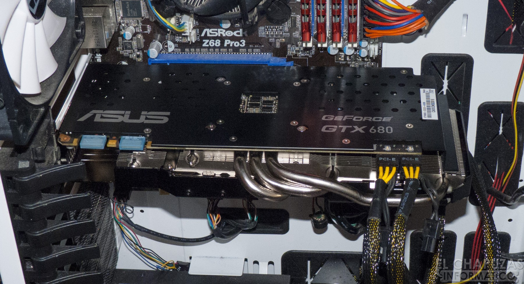 Review: Asus GeForce GTX 680 DirectCU II 4GB
