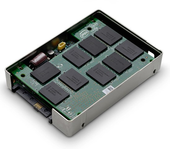 lchapuzasinformatico.com wp content uploads 2013 04 HGST Ultrastar SSD 01 0