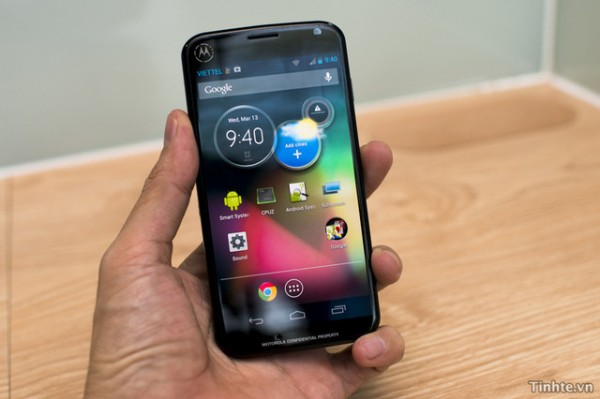 Motorola X Phone (2)