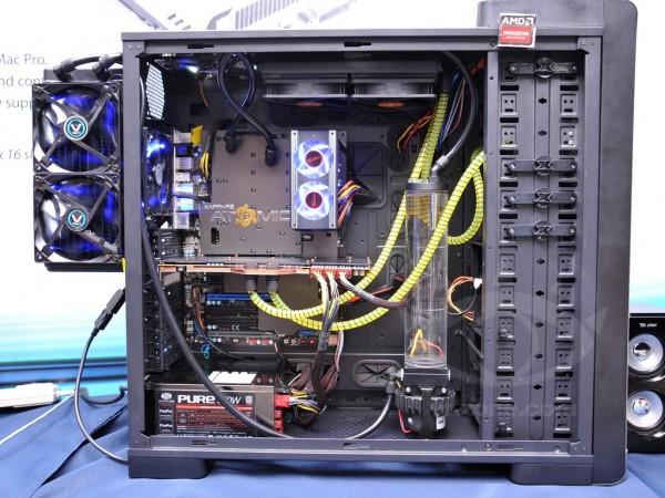 Sapphire Radeon HD 7990 ATOMIC Edition (1)