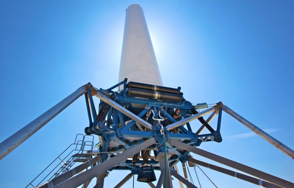 SpaceX consigue lanzar y aterrizar su cohete Grasshopper