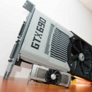 Nvidia GeForce GTX 690 fabricada con piezas de LEGO