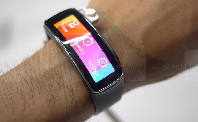 Samsung Galaxy Gear 2, Gear 2 Neo y Gear Fit ya tienen precio