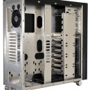 Lian Li muestra su Full Tower PC-V2130